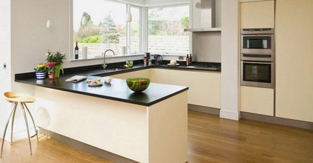 interior dapur berbentuk U